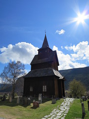 Torpo Stave Church,  l, Hallingdal, Buskerud, Norway (Loeffle) Tags: church norway norge norwegen kirche eglise stavechurch kirke noreg stabkirche hallingdal buskerud torpo l 042015 torpostavechurch