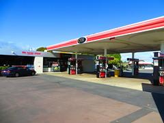 OTR (former Mobil) petrol station - A10 North East Rd/Tarton Rd, Holden Hill (RS 1990) Tags: station may mobil gas otr adelaide service former petrol gasoline 14th thursday southaustralia a10 ontherun 2015 holdenhill handymart northeastrd tartonrd