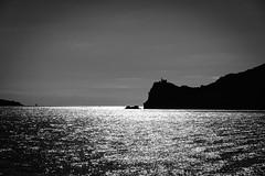 """""""L dove il mare luccica......"""" (Ale*66*) Tags: light sea bw costa seascape monochrome horizon silhouettes bn napoli luce paesaggio golfo orizzonte luccichio canon70d"""