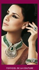 2500-2000-d_0004-0005 (juanra_lopez) Tags: woman beautiful necklace diamond jewels emerald saphire