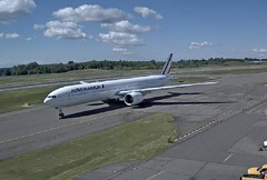 Air France Boeing 777 F-GZNQ at Boeing Paine Everett Airport (AirportWebcams.net) Tags: france webcam airport air flight delivery boeing capture 777 everett paine pae kpae fgznq