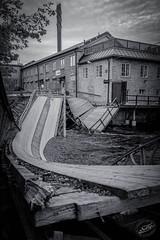 Some maintenance required (cybriks) Tags: street bridge blackandwhite bw monochrome se blackwhite sweden schweden damage sverige bro sörmland katrineholm södermanland skada cathrineholm södermanlandslän värmbol vägskada