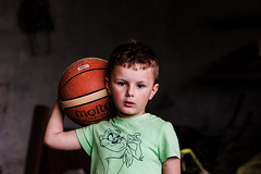 Filippo (michelangelomusso) Tags: basketball colorful sony ritratto filippo luce mccurry a350