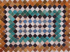 51. (Seweet) Tags: mosaico colores colours andalucía granada alhambra cerámica palacio palace nazarí pared