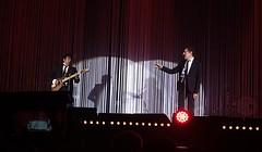 Lolo & Lainlain  Lyon (Eric_G73) Tags: concert lyon guitar live stage duo chanson songwriter alainsouchon souchon halletonygarnier laurentvoulzy voulzy souchonvoulzy