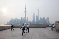 The Bund walk (Stephan Alberola) Tags: china shanghai pudong  bund worldfinancialcenter orientalpearltower  swfc waitan  shanghaitower