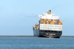 Hard To Port (Wilm!) Tags: haven harbor rotterdam ship container panama maasvlakte vrachtschip mscfabienne 9279965