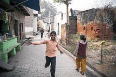 (Kals Pics) Tags: nagladevjit nagladhimar life people kids travel children boys girls happy smile indianvillages ruralpeople villagelife ruralindia villagepeople rurallife cwc chennaiweelendclickers roi rootsofindia streetlife agra uttarpradesh kalspics