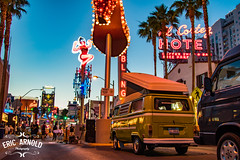 VWs Downtown (Eric Arnold Photography) Tags: vw volkswagen bus buses van westy westfalia neon sign signs elcortez hotel casino vegas lasvegas dtlv downtown fremont fremonteast east street night nighttime dusk