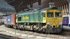 66565 at York (Jeff Mckever) Tags: york dock leeds july 66 class 14th tees 20016 66565