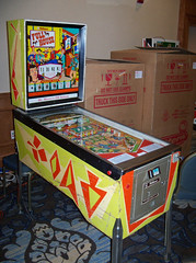 MI Rochester - Full House (scottamus) Tags: pinball machine game table cabinet arcade fullhouse williams 1966 rochester michigan michiganpinballexpo