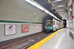 DSC_1449 (billonthehill2001) Tags: boston subway mbta governmentcenter greenline blueline
