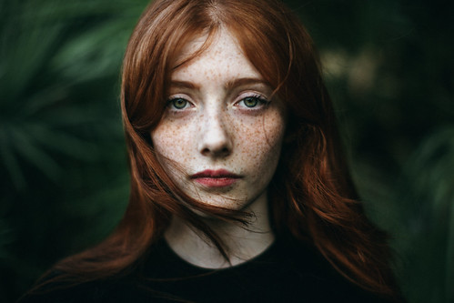 beauty redhaired