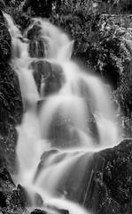 Foss (mark.helfthewes) Tags: berge bach steine norwegen bjerkreimkomune natur fluss scharzweiss nikon langzeitbelichtung weiss schwar