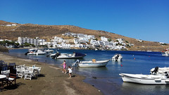 Fun (Demy.mk) Tags: port kithnos kithnosisland greece greekisland greekislands exploregreece summer holidays vacation sea mountains cyclades fun relax taverns reastaurant perspective