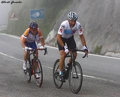 CLASICA DE VITORIA-GAZTEIZ (ALBERTO / TXITXARRO) Tags: españa cicloturismo europa ciclismo alava euskadi vitoria deportes carreras araba ciclistas bicis deportistas corredores gazteiz kobatours