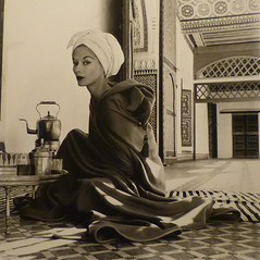Irving Penn, Woman in Moroccan Palace (Lisa Fonssagrives-Penn), Marrakech, 1951 (aileverte) Tags: irvingpenn parisphoto2014
