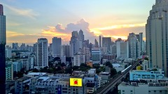 BKK16 - 2 (lemoncat1) Tags: bangkok bkk asok nana terminal24 skytrain bts thailand