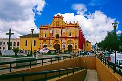 Mexico: Chiapas: San Cristobal de las Casas: Catedral (mariofalcetti) Tags: mexico messico chiapas sancristobaldelascasas church cathedral chiesa citt town architecture monument monumento