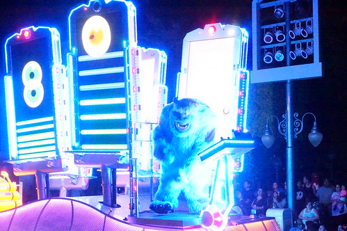 """Sulley in Paint the Night • <a style=""""font-size:0.8em;"""" href=""""http://www.flickr.com/photos/28558260@N04/28672405570/"""" target=""""_blank"""">View on Flickr</a>"""
