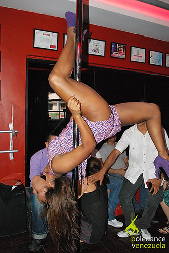 """Inauguración Elektra Pole Dance • <a style=""""font-size:0.8em;"""" href=""""https://www.flickr.com/photos/79510984@N02/17425198508/"""" target=""""_blank"""">View on Flickr</a>"""