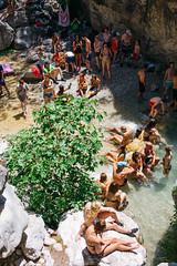 Crowded (Leo Hidalgo (@yompyz)) Tags: canon eos 6d dslr reflex random yompyz ileohidalgo fotografa vsco film cam love like ro chillar river mlaga nerja andaluca espaa spain