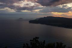 Les calanques de Cassis (Philis.Nat) Tags: france cassis calanques mer mditrrane ciel nuages coucher soleil orage reflets canon eos 7d