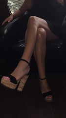 image (Sexy Feet and Sexy Heels) Tags: sexyarch sexyfeet sexyheels sexyhighheelssexypumpssexyfeetsexylegs sexylegs legsfordays sexy wedges toes