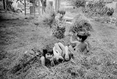 Orphans, Transilvania, 1998 (Alberto Prez Puyal) Tags: leica boy girl children child play orphan orphanage alberto german romania plus hp5 caring care volunteer m2 ilford transilvania humanitarian ngo perez puyal humanitary