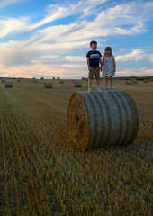IMG_9954 (ct_purley) Tags: hay bales isle wight canon 7d fields sunny children brother sister