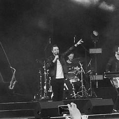 Turnépremiär för @manszelmerlow  på Gröna Lund ! Fullt med folk och en massa kända och okända låtar spelades! #heros #månszelmerlöw #escwinner #grönalund #turnépremiär #minsvartvitavardag2015 #dag152 (ulricalyhnakis) Tags: square squareformat inkwell iphoneography instagramapp uploaded:by=instagram