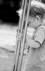 little one (Basileia Gorgo) Tags: kind mensch leipzig sachsen deutschland child person portrait blackandwhite schwarzweis human canon tamron70300 eos550d