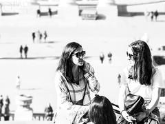 Como te digo una co te digo la o (Paco CT) Tags: barcelona people music outdoors spain gente candid streetphotography technique esp candidshot candidphotography 2016 callejera robado robados pacoct