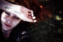 #317 of 365 days - / \ (Ruadh Sionnach) Tags: nature natureza natur naturaleza woods grass wood valley paganism druidism paganismo celta celtic redhead ruiva cooper ginger portrait self retrato