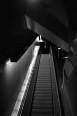 20160828_0037 (mystic_violet) Tags: nikond3300 stadlau donaustadt ubahn treppe rolltreppe stairs escalator movingstaircase wien vienna sterreich austria nacht night evening abend
