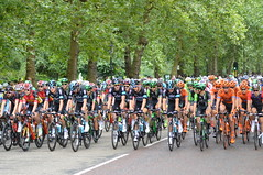 Patch Of Blue Sky (dhcomet) Tags: london cycling ridelondon ride group lead bunch peloton race classic