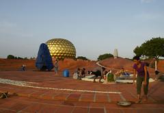 joy_at_work_5714 (Manohar_Auroville) Tags: sri aurobindo birthday auroville matrimandir urn amphitheatre decorations flowers beauty beauties girls manohar luigi fedele 15816