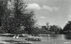 St. James's Park (Leonard Bentley) Tags: stjamesspark parliamentstreet judgesofhastings ww1 indiaoffice foreignoffice pelicans courtofstjames russianambassador kingcharlesii 1664 2013 1912 royalpark praguezoo horseguardsparade wingclipping southend cannonrow pigeon duck fish london uk