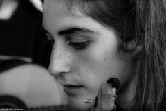 EVA (pmmrm61) Tags: pmmrm61 blancoynegro blackandwhite monotono msicos musician retrato portrait jeune young rostro cara