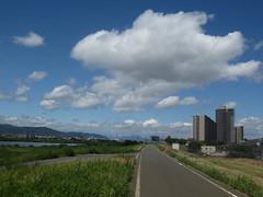 (eyawlk60) Tags: building bluesky  earlysummer hirakata