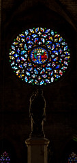Santa Maria del Mar, Barcelona (jeetdhillon) Tags: mary maria mar jesus christ child christian religious religion god awe humble sadness dark church basilica barcelona spain