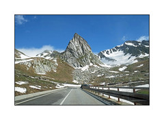 Vue du pare brise 48# (Brulama) Tags: paysage route montagne vueduparebrise coldugrandsaintbernard valdaosta italie