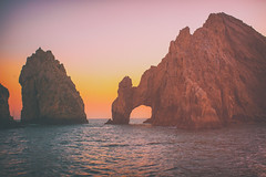 Take Me to Mexico (Thomas Hawk) Tags: sunset vacation mexico cabo arch fav50 landsend bajacalifornia baja cabosanlucas loscabos elarco fav10 fav25 fav100 archofcabosanlucas