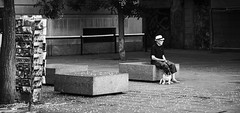 Waiting with the dog (elgunto) Tags: barcelona street photo people dog postcards blackwhite bw sonya7 manuallense