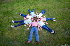 Circle of Noels (Mark Griffith) Tags: washington photoshoot familyphoto tamron2875mmf28 noelfamily mayvalley sonya7rii 20160710dsc07839