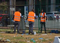 Kennedy5 (Genova citt digitale) Tags: richiedenti asilo genova piazzale kennedy agosto 2016 volontari nigeria lavoro ilva