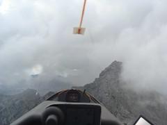 Mutige Bergsteiger! (Roland Henz) Tags: fliegen segelfliegen segelflug unterwssen dassu 2016 28082016 bergsteiger gewitter gipfel luftbild luftaufnahme wolken