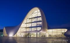 Baku - Heydar Aliyev Center (Rolandito.) Tags: baku heydar aliyev center azerbaijan blue hour evening night light lights