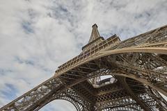 Torre Eiffel 5 (CarlosJ.R) Tags: torreeiffel torre pars eiffel francia