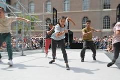 Compagnie Dyptik - D - Construction (c) Henry Krul (7) (Henry Krul) Tags: dance construction outdoor d henry op hip hop dans krul deventer straattheater streettheatre 2016 stelten dyptik